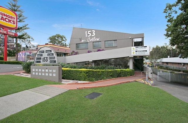 7 and 8/153 Cotlew Street, ASHMORE QLD, 4214