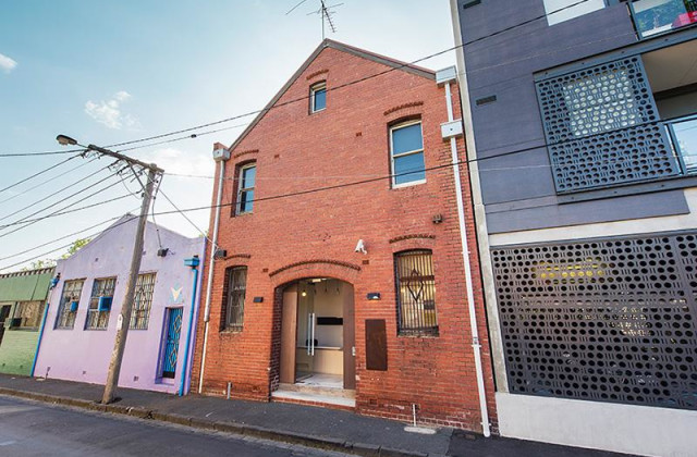 Whole Building/10 Regent Street, PRAHRAN VIC, 3181