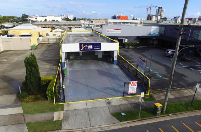 7 Windmill Street, SOUTHPORT QLD, 4215