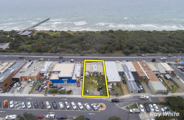 114-114B Nepean Highway, SEAFORD VIC, 3198