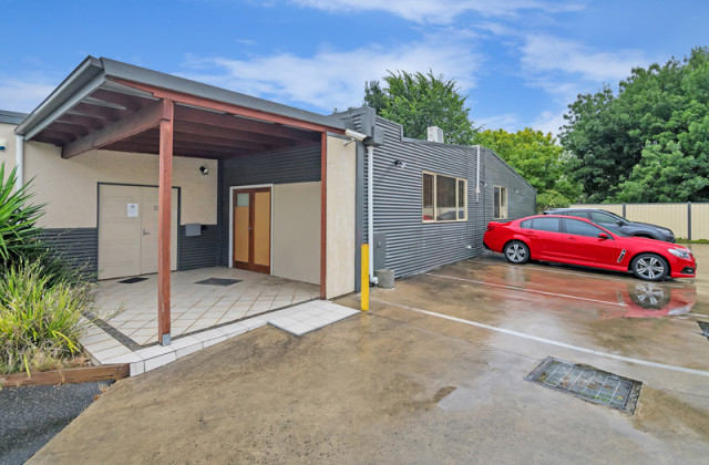 Rear, 42 Eastwood Street, BALLARAT VIC, 3350