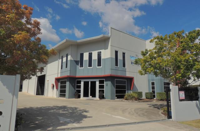 1/17 Commerce Circuit, YATALA QLD, 4207