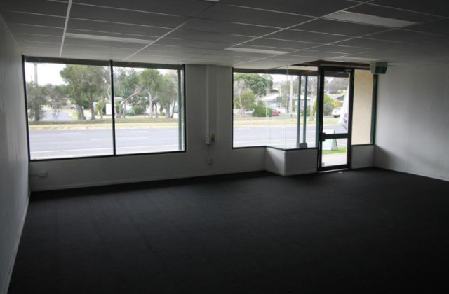 Unit 3/68-70 Old Princes Highway, BEACONSFIELD VIC, 3807