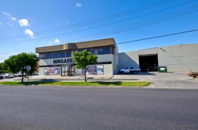 90-92 Cochranes Road, MOORABBIN VIC, 3189