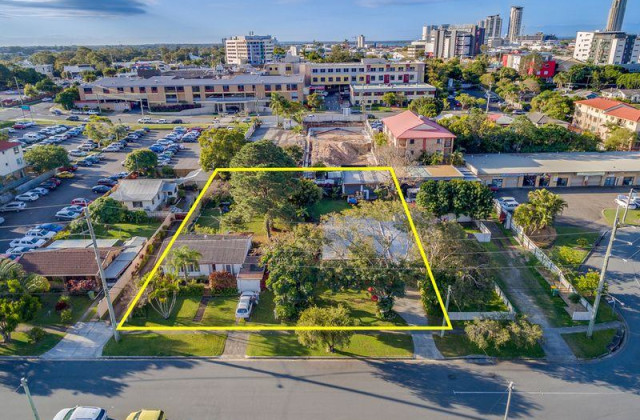 37 & 39 Euragee Street, SOUTHPORT QLD, 4215