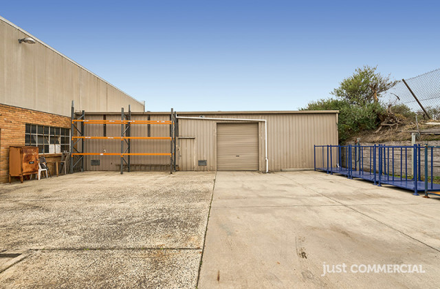 Rear Warehouse/29 Levanswell Road, MOORABBIN VIC, 3189