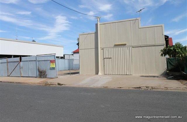 6 Topaz Street, EMERALD QLD, 4720