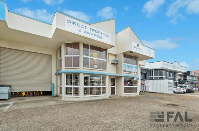 Unit  4/6 Virginia Street, GEEBUNG QLD, 4034