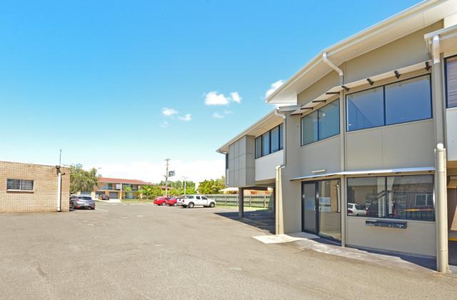 Suite 2/2 Akeringa Place, MOOLOOLABA QLD, 4557