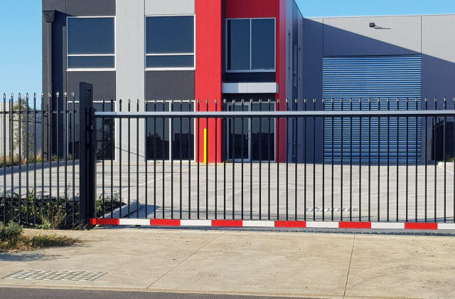 Unit 1 and Unit 2/12 Palomo Drive, CRANBOURNE WEST VIC, 3977