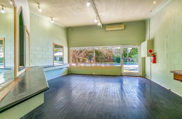 2 Myrtle Street, NORMANHURST NSW, 2076