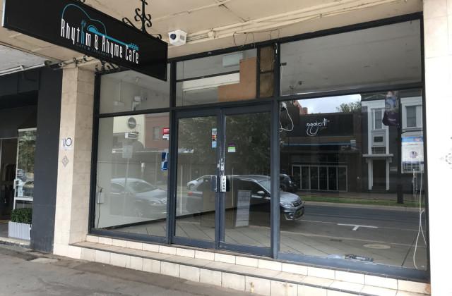 110 FITZMAURICE STREET, WAGGA WAGGA NSW, 2650