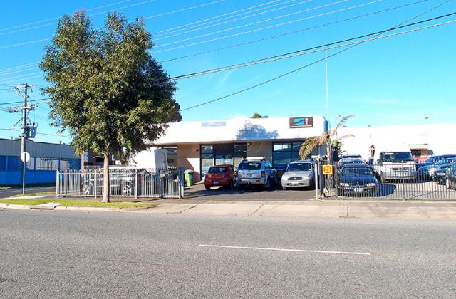 27 Plunkett Road, DANDENONG VIC, 3175