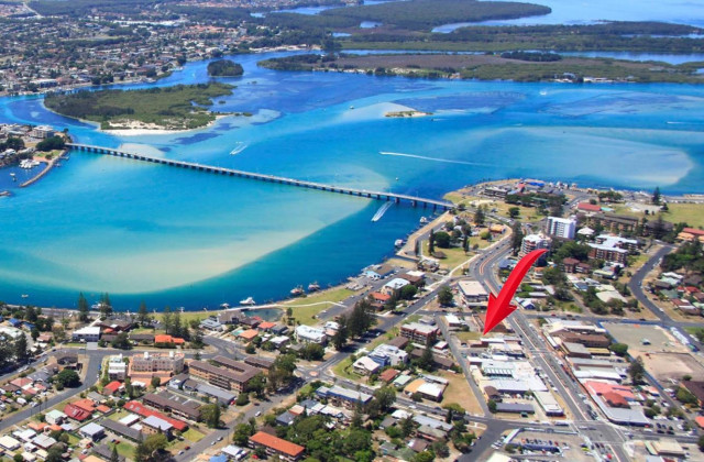 15 Manning Street, TUNCURRY NSW, 2428