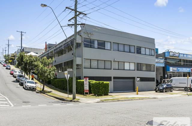 36 Finchley Street, MILTON QLD, 4064