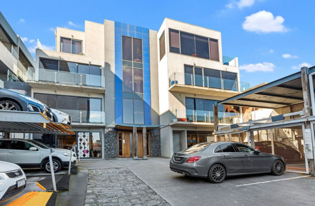 4/2 Kent Place, SOUTH MELBOURNE VIC, 3205