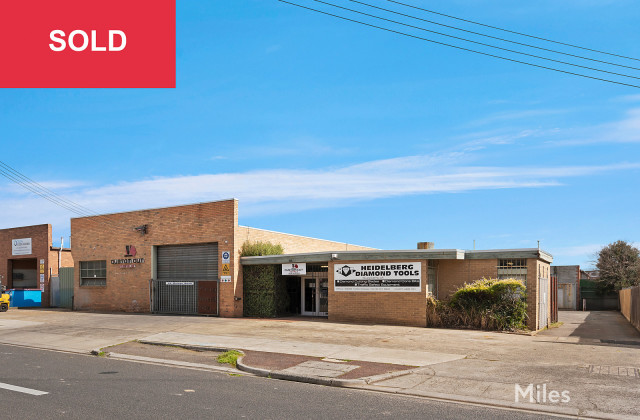49-51 Mologa Road, HEIDELBERG WEST VIC, 3081