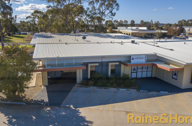 Unit 2, 2 Blueridge Drive, DUBBO NSW, 2830
