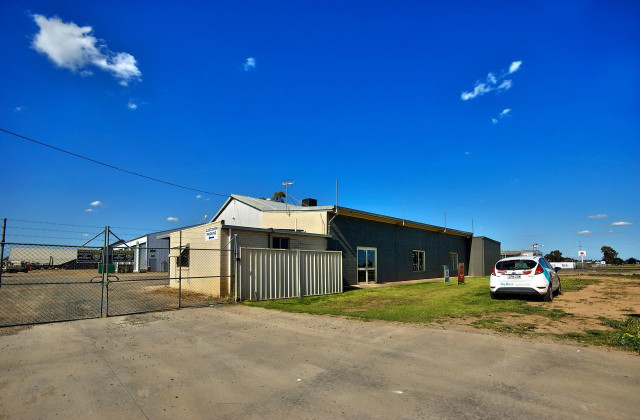 380-382 Ochtertyre Street, DENILIQUIN NSW, 2710