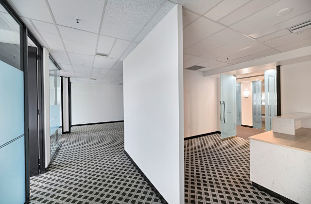 Suite 642 & 644/1 Queens Road, MELBOURNE VIC, 3000