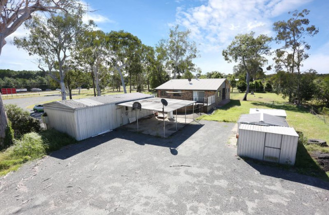 121 Old Toorbul Point Road, CABOOLTURE QLD, 4510