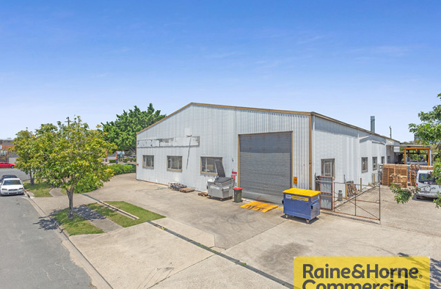 121 Links Avenue South, EAGLE FARM QLD, 4009