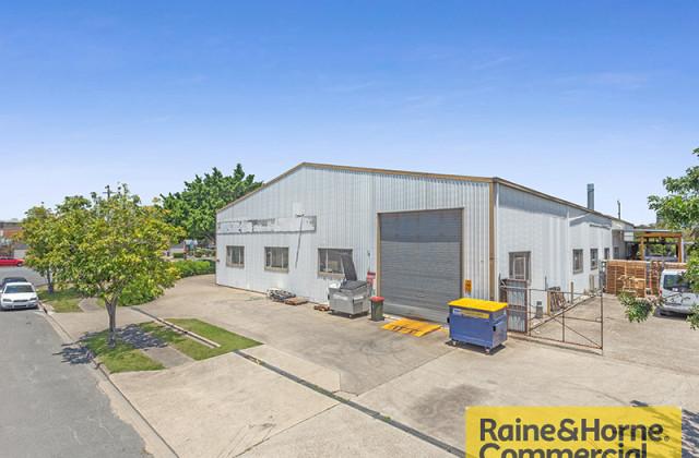 121 Links Avenue South, EAGLE FARM QLD, 4009