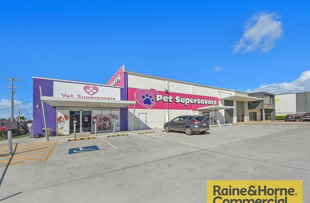 1 Russell Street, KALLANGUR QLD, 4503