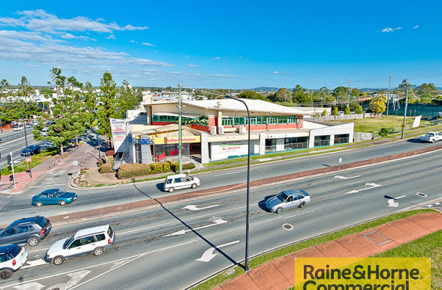 9&10/454-458 Gympie Road, STRATHPINE QLD, 4500