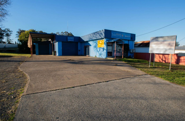 39 Muldoon Street, TAREE NSW, 2430