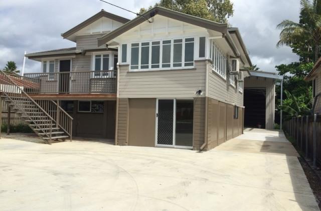 33 Pease Street, MANOORA QLD, 4870