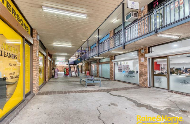 Shop 6/25-29 Dumaresq Street, CAMPBELLTOWN NSW, 2560