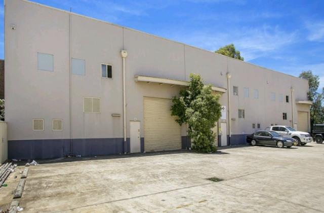 Unit 4/2-6 Peel Street, HOLROYD NSW, 2142