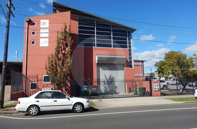 1 & 2/8-12 FARIOLA STREET, SILVERWATER NSW, 2128