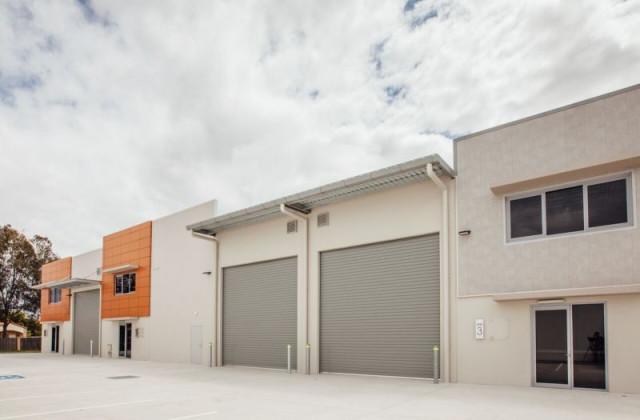 Unit 2/13 Ford Road, COOMERA QLD, 4209