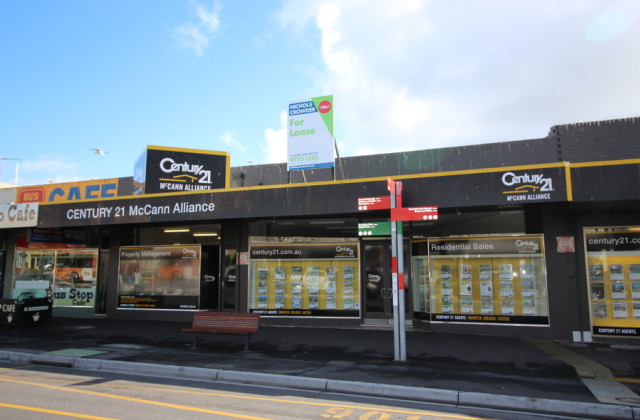 130-132 Young Street, FRANKSTON VIC, 3199
