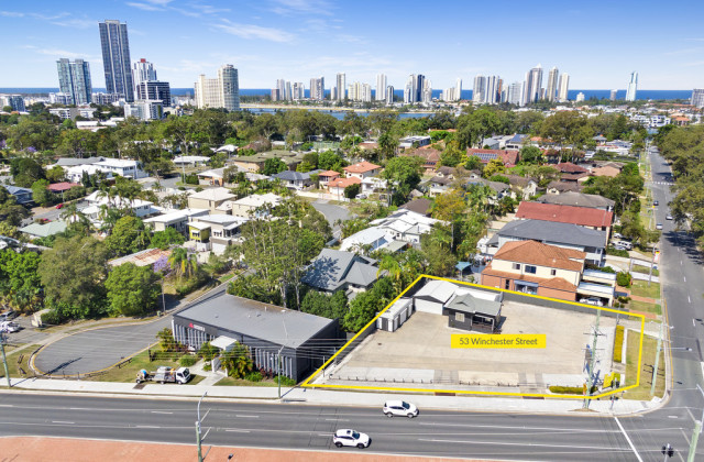 53 Winchester Street, SOUTHPORT QLD, 4215
