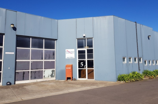 5/33-35 Commercial Drive, THOMASTOWN VIC, 3074