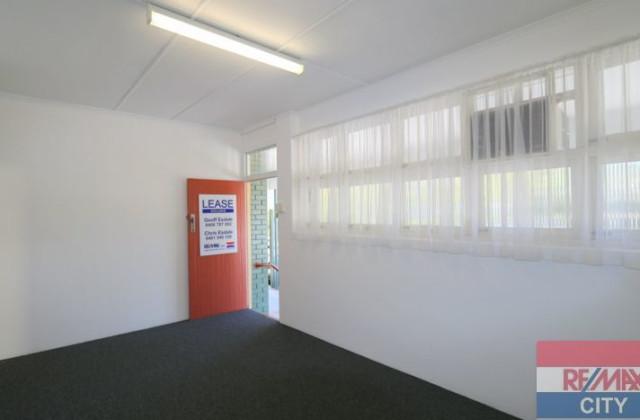 BARDON QLD, 4065