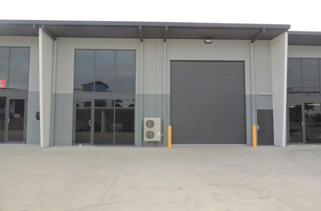 3/2 Aliciajay Circuit, YATALA QLD, 4207