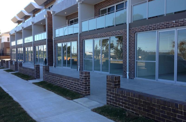 Suite/10 Old Glenfield Road, GLENFIELD NSW, 2167