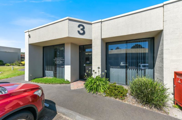 Unit 3/25 Redwood Drive, DINGLEY VILLAGE VIC, 3172