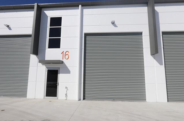 16/9 Greg Chappell Drive, BURLEIGH HEADS QLD, 4220