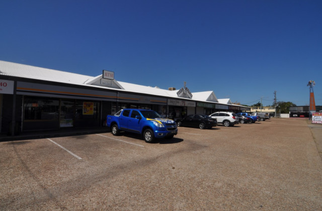Shop 8, 322 Fulham Road, HEATLEY QLD, 4814