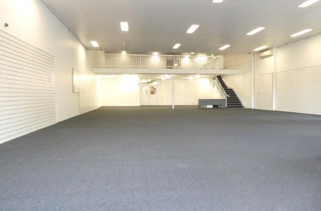 1/2-12 Commercial Drive, SHAILER PARK QLD, 4128