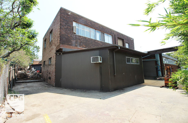 Unit 2/2 Enterprise Avenue, PADSTOW NSW, 2211
