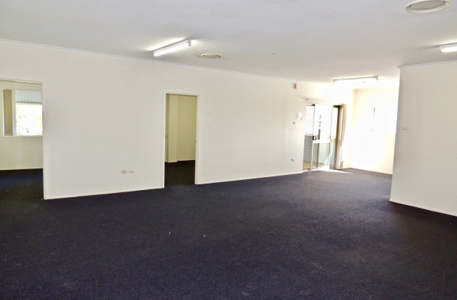 Suite 19C/3 Dennis Road, SPRINGWOOD QLD, 4127