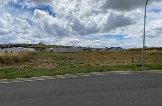 31 Astill Drive, ORANGE NSW, 2800
