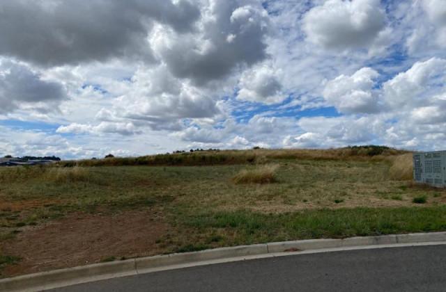33 Astill Drive, ORANGE NSW, 2800