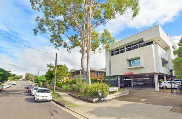 48 School Road, MAROOCHYDORE QLD, 4558